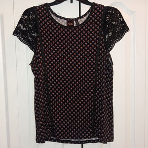 Rafaella Printed Top with Laced Sleeves Sz M